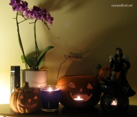 Sephiroth uses Masamune to carve pumpkins (October 2010)