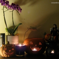 Sephiroth uses Masamune to carve pumpkins (October 2010)