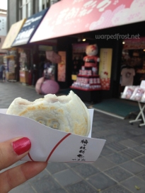 Umegaemochi, a kind of mochi with sweet bean paste inside and a plum mark grilled onto the outside. A specialty of Dazaifu, there are several shops on the sandō that sell it. Yum! (April 2016)